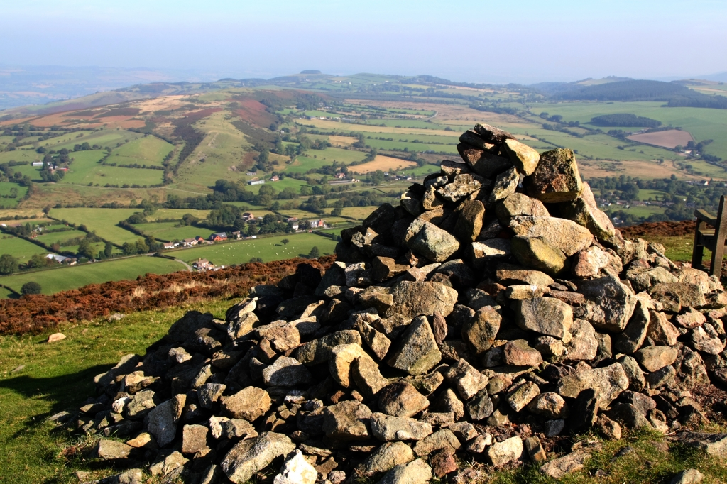 Corndon Hill : Image Source : Flickr : Creative Commons