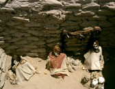 Chauchilla Cemetery Peru : Looters stole anything of financial worth, leaving the bodies : Wiki Commons