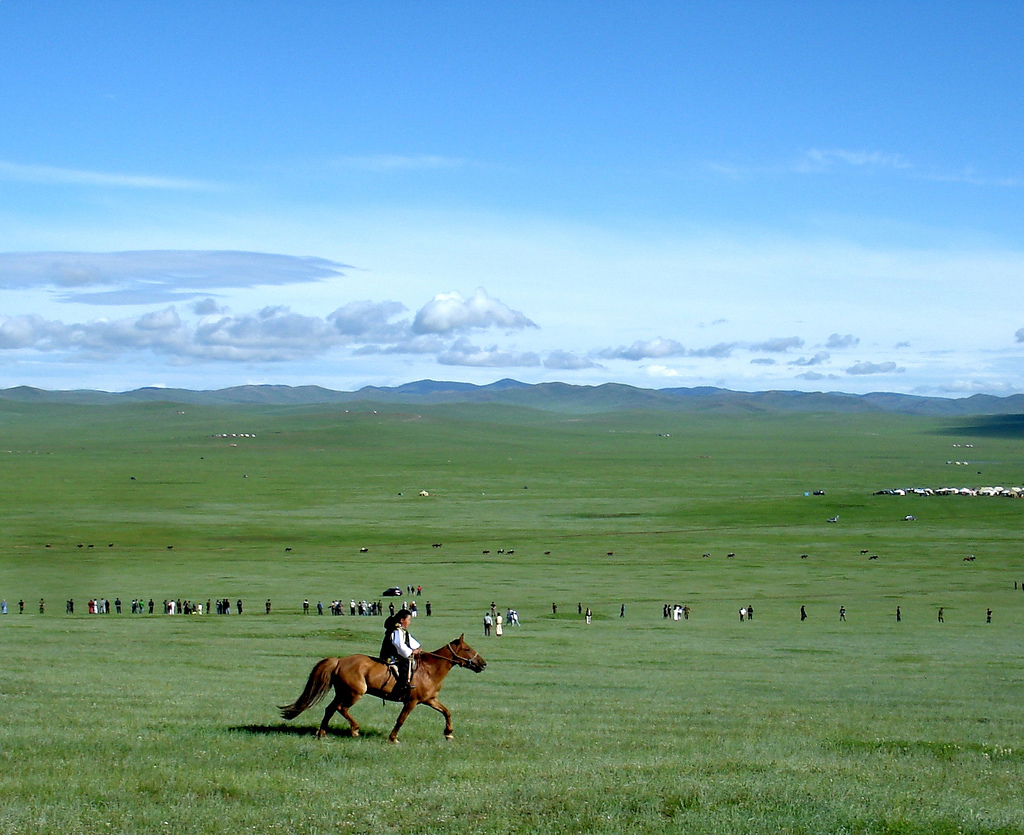 Nomads of the Mongolian steppes : Wiki Commons