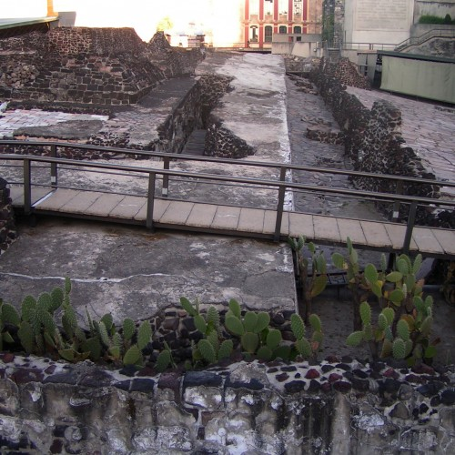 Tombstones over 550 years old discovered at Tenochtitlan