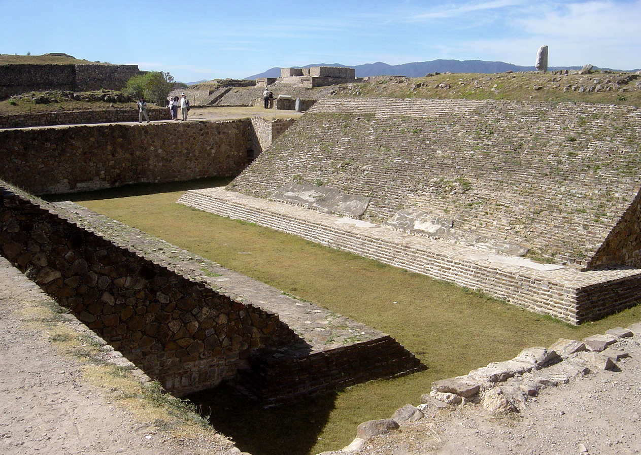 Ancient ball court of Monte Alban : Wiki Commons