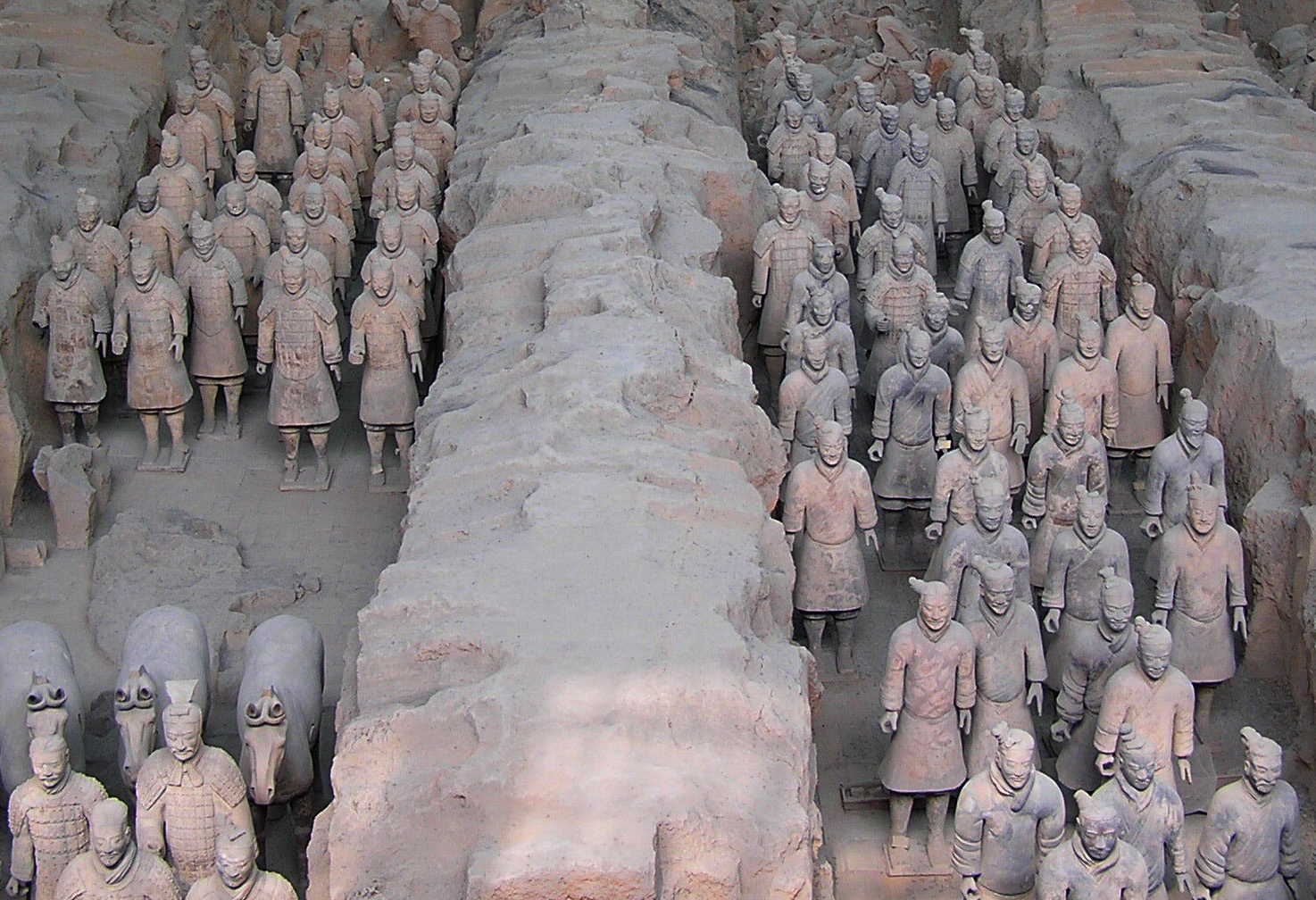 Pit 1 at the Xian Terracotta Warriors Wiki Commons