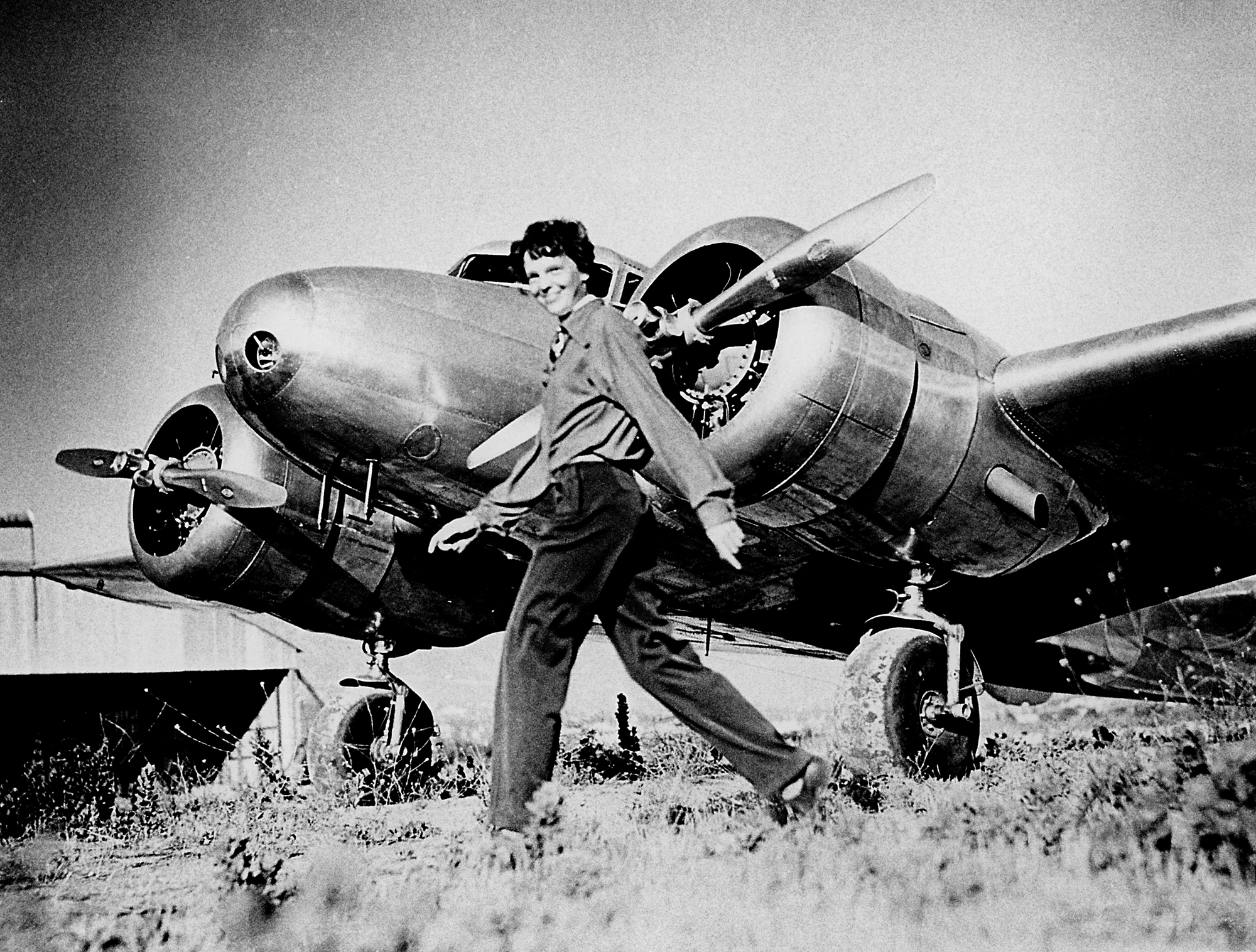 Amelia Earhart and Lockheed Electra 10E NR16020 1937