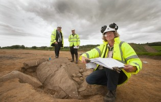 Early Bronze Age industrial, agricultural and domestic activity dating from up to 4,000 years ago discovered