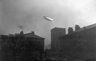 World War One – Trenches in Britain and British Government's airship programme