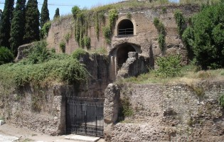 Rome's first emperor died 2000 years ago – his tomb is now used as a toilet