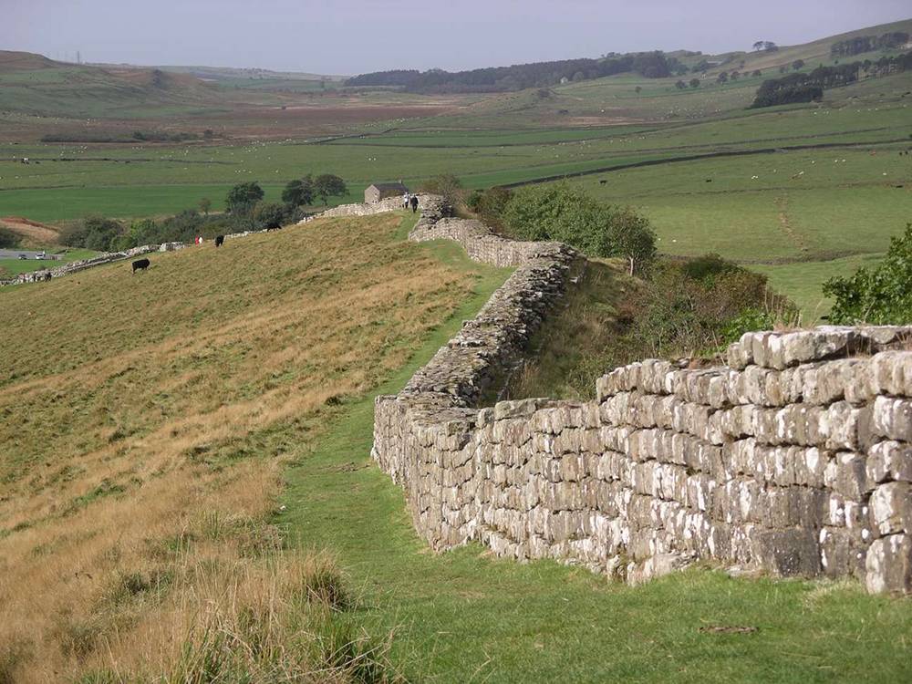 Hadrian's Wall: WikiPedia