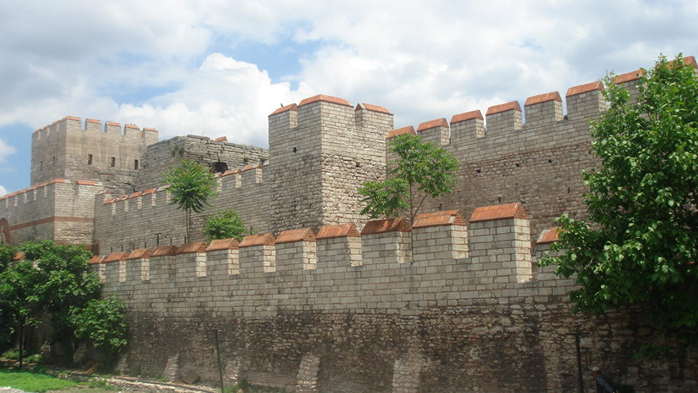 Walls of Constantinople: WikiPedia