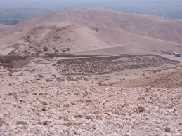 Archaeologist leads the first detailed study of human remains at the ancient Egyptian site of Deir el-Medina