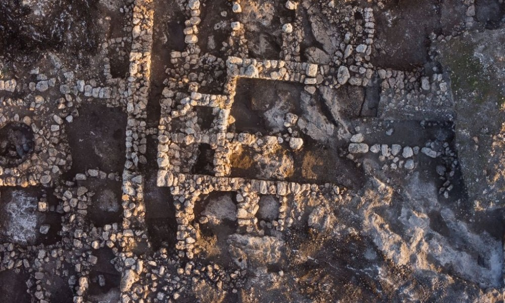 An Impressive 2 800 Year Old Farm House Discovered In Rosh
