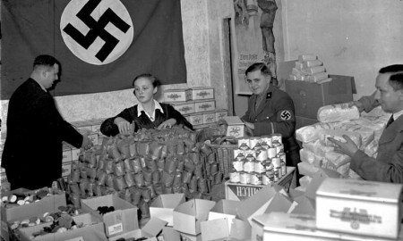 Christmas presents for the poor in 1935