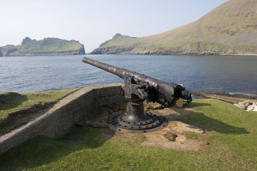St Kilda – Gun emplacement overlooking village bay on St Kilda © Crown Copyright: RCAHMS.