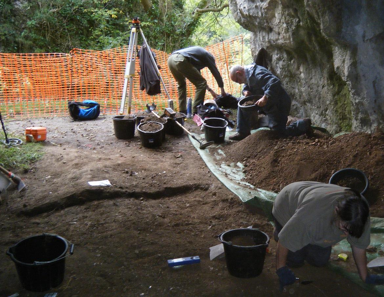 Excavation Reynards Kitchen Cave © National Trust _R Hall