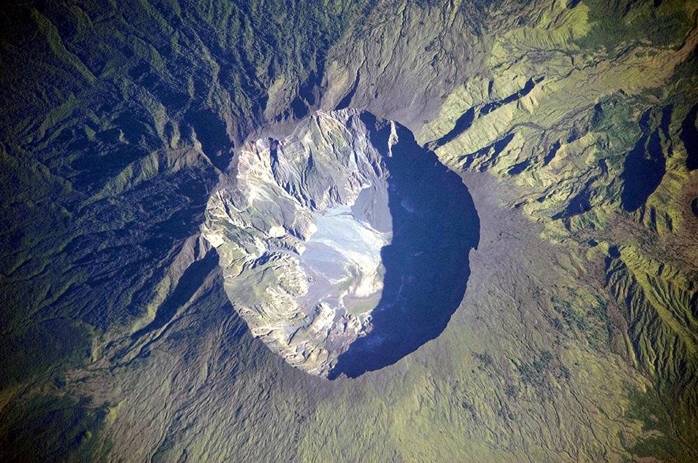 Mount Tambora: WikiPedia