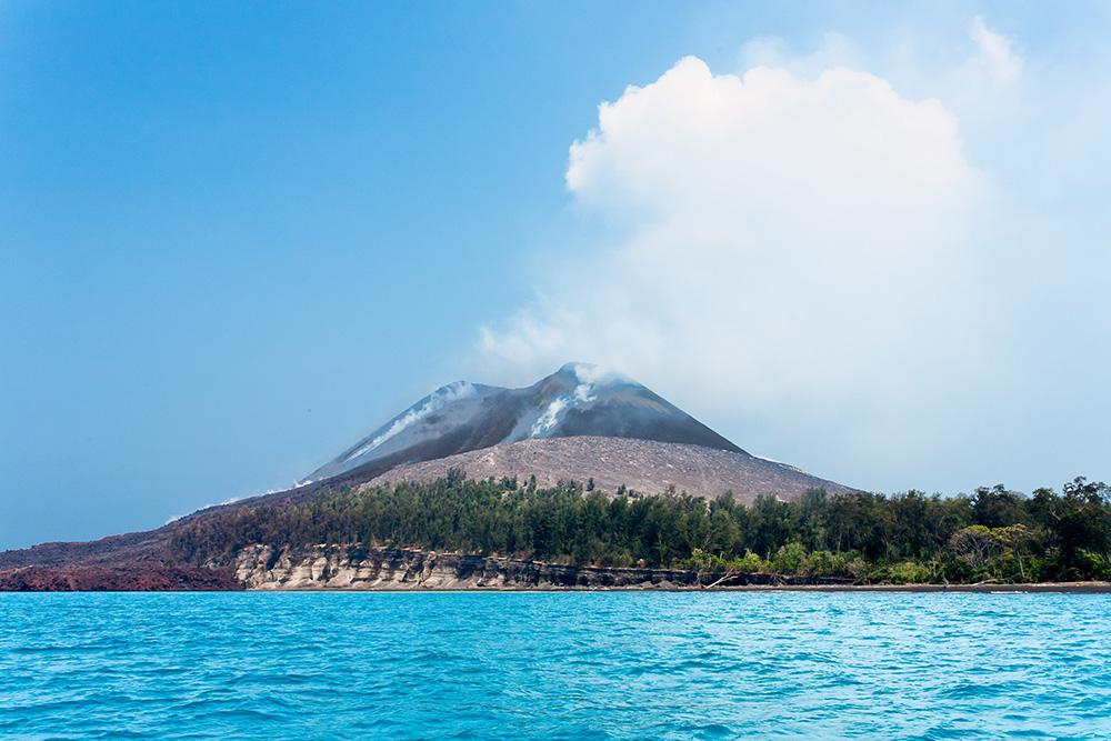 Mount Krakatoa: Wikimedia