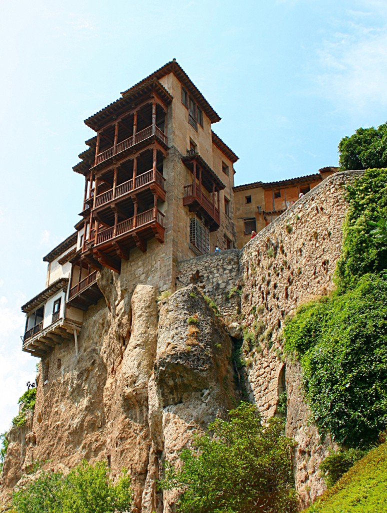 Hanging houses of Cuenca: Wikimedia