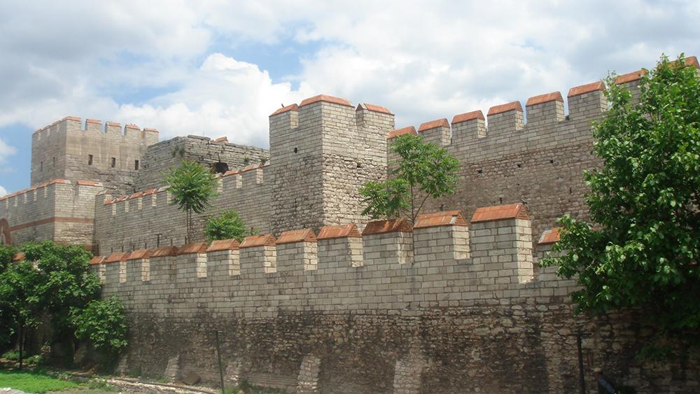 Walls of Constantinople: WikiPedia