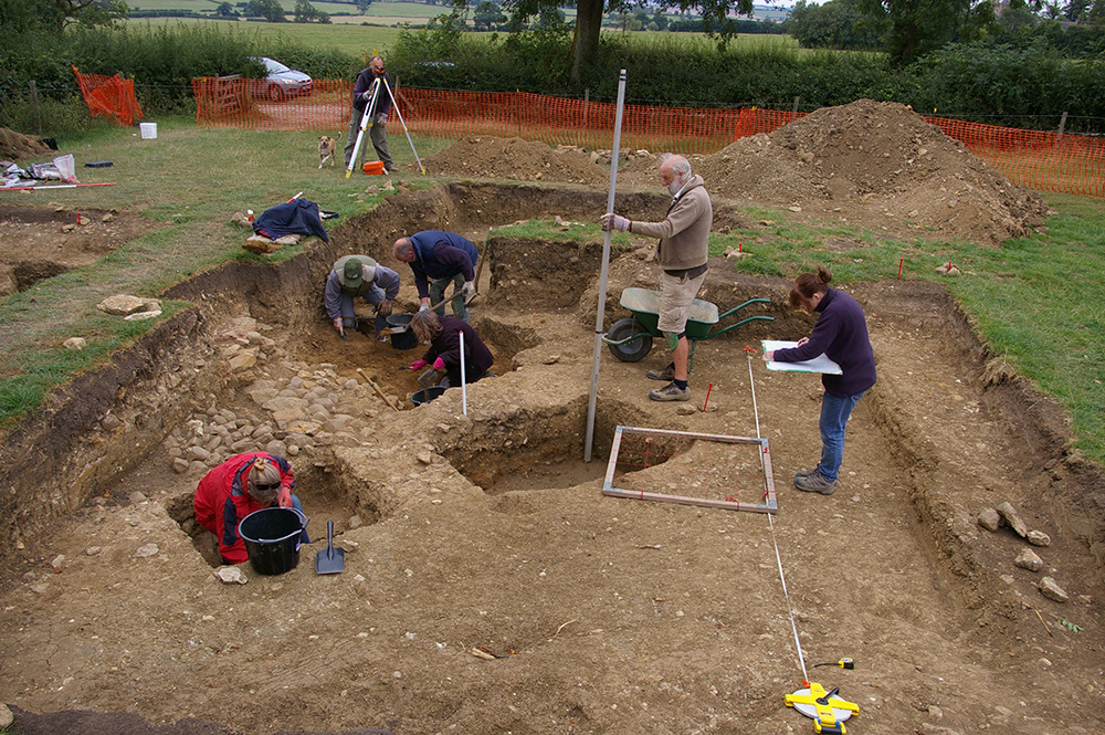 Members of the team excavating the site: University of Leicester Archaeological Services