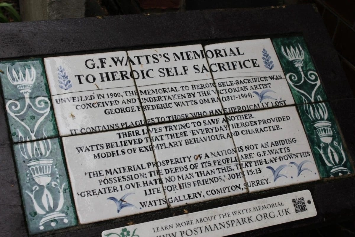in london is a park dedicated to the otherwise forgotten heroic acts of self sacrifice