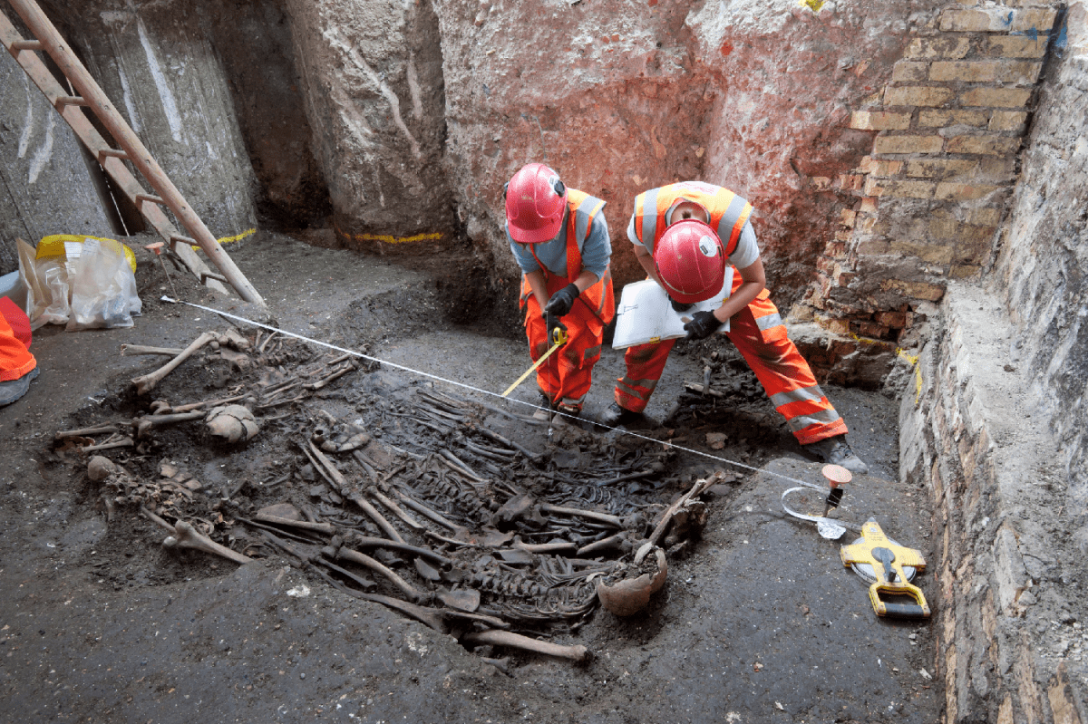 Mass burial uncovered at Crossrail Liverpool Street site