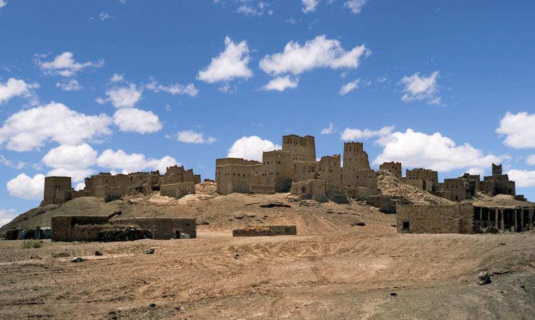 Nuestro Marciano en Yemen Ancient_Marib_01a-1068x640